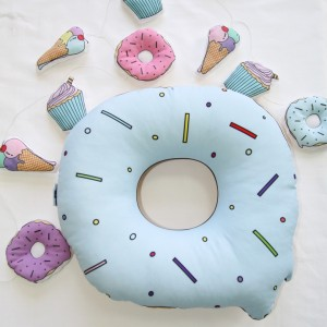 "Фото Подушка Happy Spaces ""Cutie Donut"" голубая"