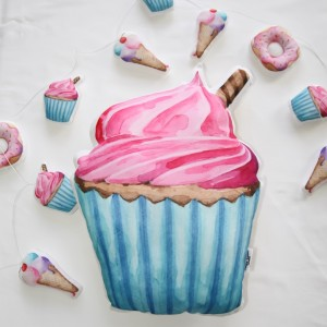 "Фото Подушка Happy Spaces ""Strawberry Cupcake"""